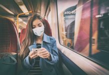 To wear or not to wear? Face masks on London public transport